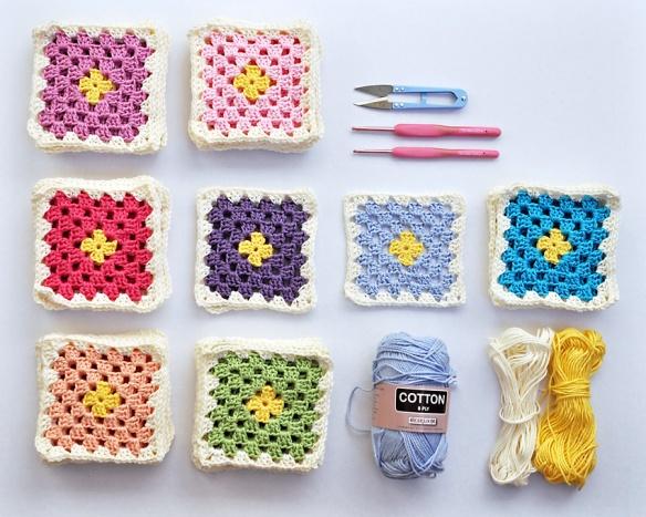 Granny Square Baby Blanket_8asml